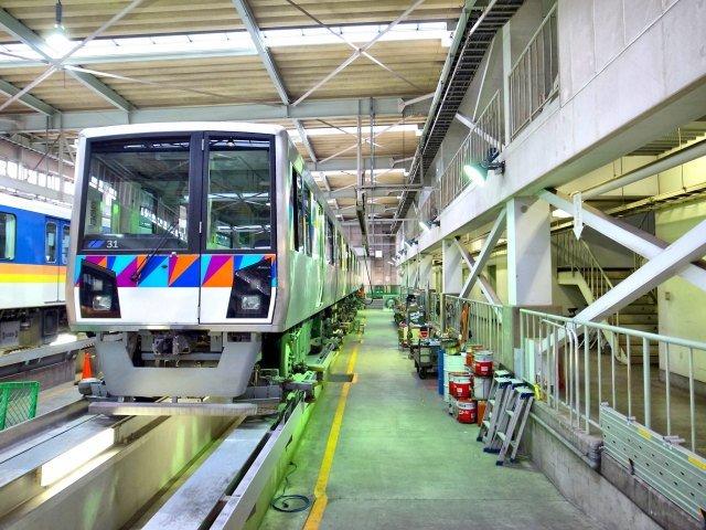 В Японии беспилотный поезд ошибся направлением. Ранены 20 пассажиров