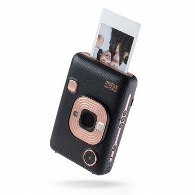 Появились изображения самой маленькой камеры семейства Fujifilm Instax