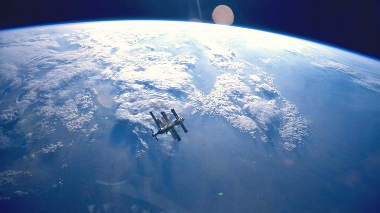 NASA открывает МКС для туристов