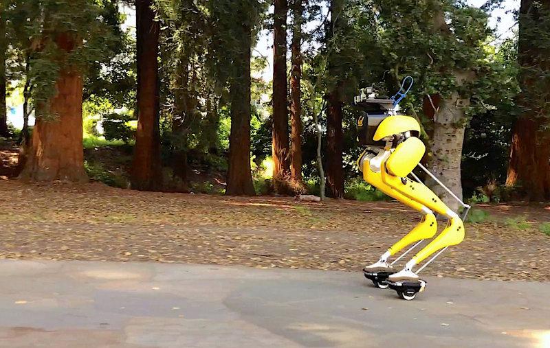 Двуногого робота научили ездить на гиророликах - 2
