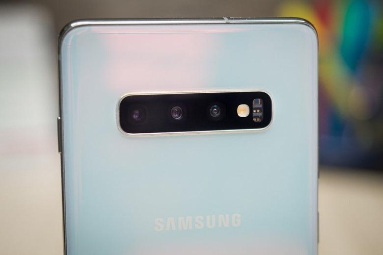 Samsung исправила самую большую проблему камеры Galaxy S10