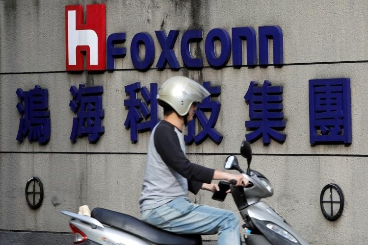 У Foxconn достаточно мощностей, чтобы производить iPhone для США за пределами Китая
