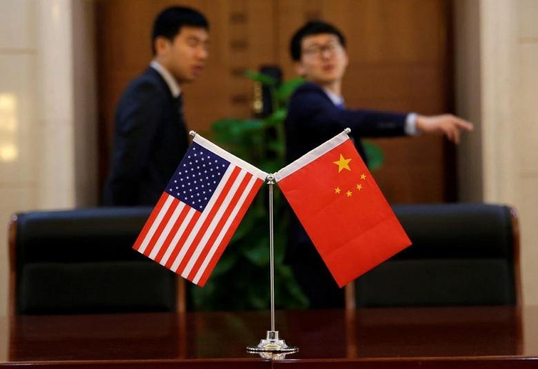 Ведущий японский производитель оборудования для производства полупроводниковой продукции будет руководствоваться черным списком США