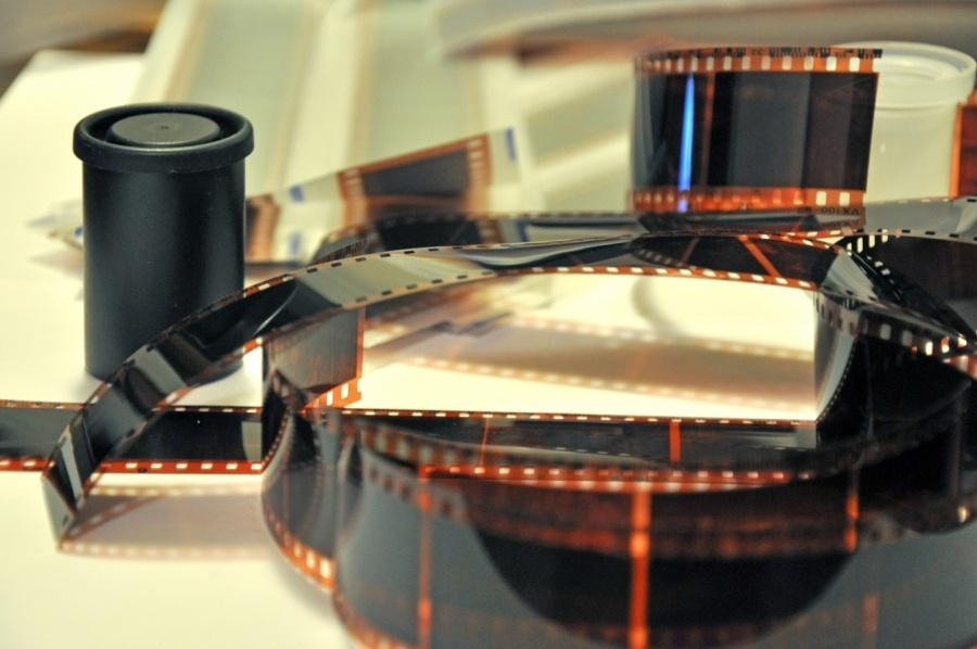 Fujifilm возобновляет производство черно-белой пленки для фотоаппаратов - 1