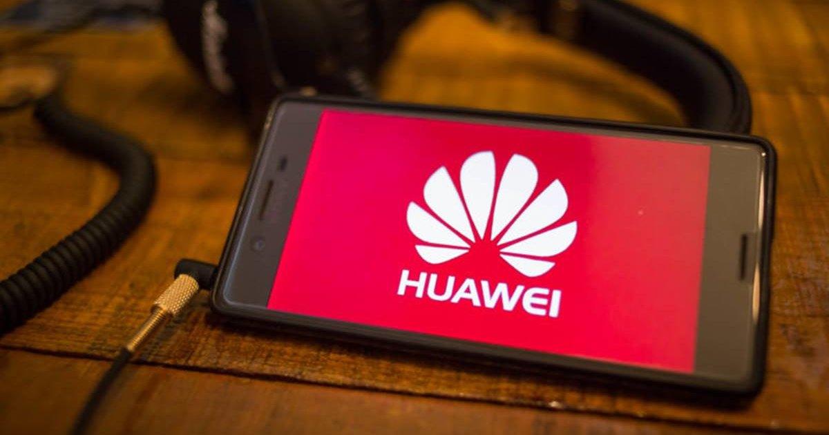 Huawei выпустил уже миллион устройств с собственной ОС