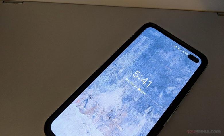 Живые фото Google Pixel 4 могут оказаться фейком на базе Samsung Galaxy S10+