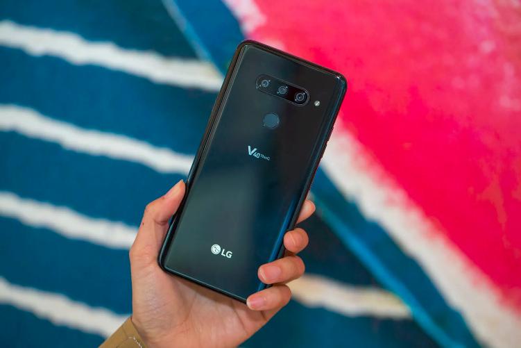 LG V40 ThinQ обновили до Android 9 Pie