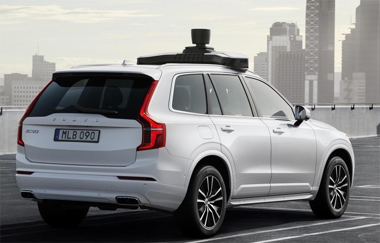 Volvo Cars и Uber представили серийный автомобиль с автопилотом