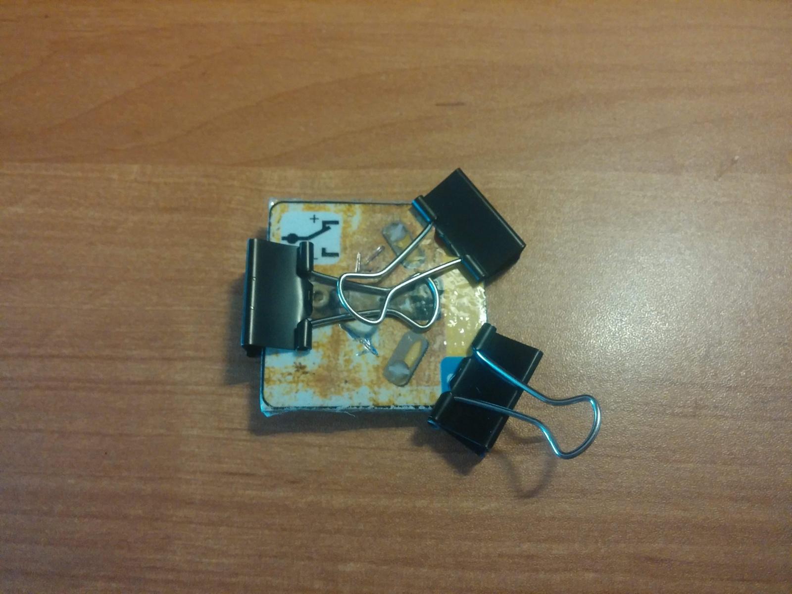 Превращаем картонную электрическую схему в настоящую или как сделать простой конструктор из настольной игры - 9