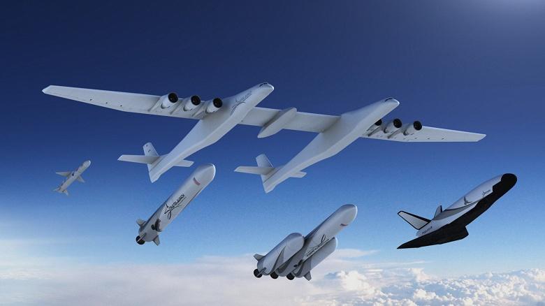 Гигантский двухфюзеляжный самолёт Stratolaunch хотят продать за 400 млн долларов