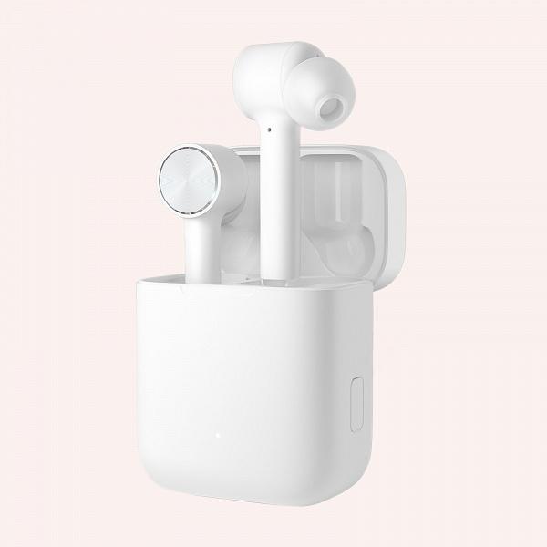 Вдвое дешевле AirPods. В России представлены полностью беспроводные наушники Xiaomi Mi True Wireless Earphones
