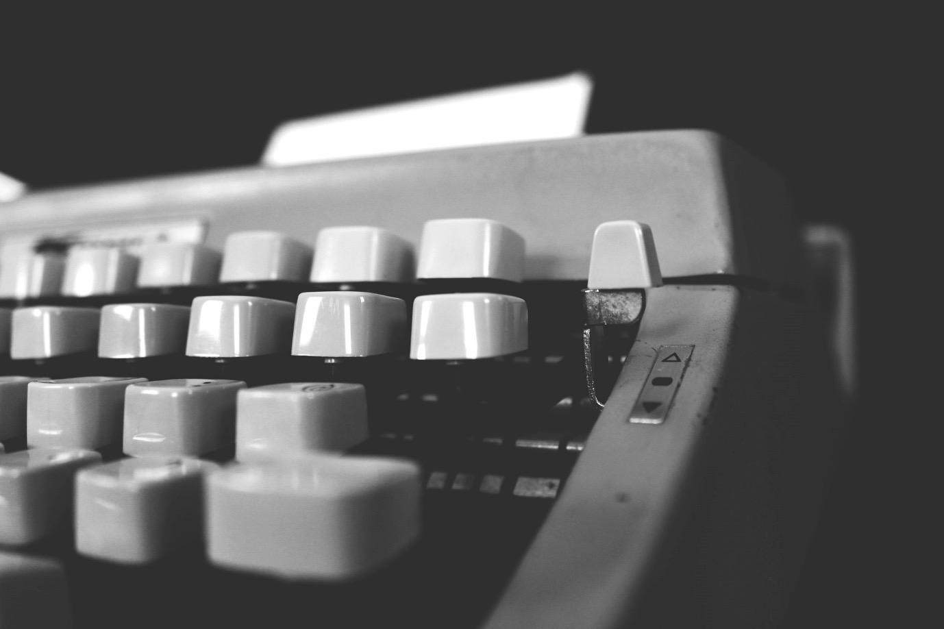 Электронные книги и их форматы: говорим про EPUB — его историю, плюсы и минусы - 1