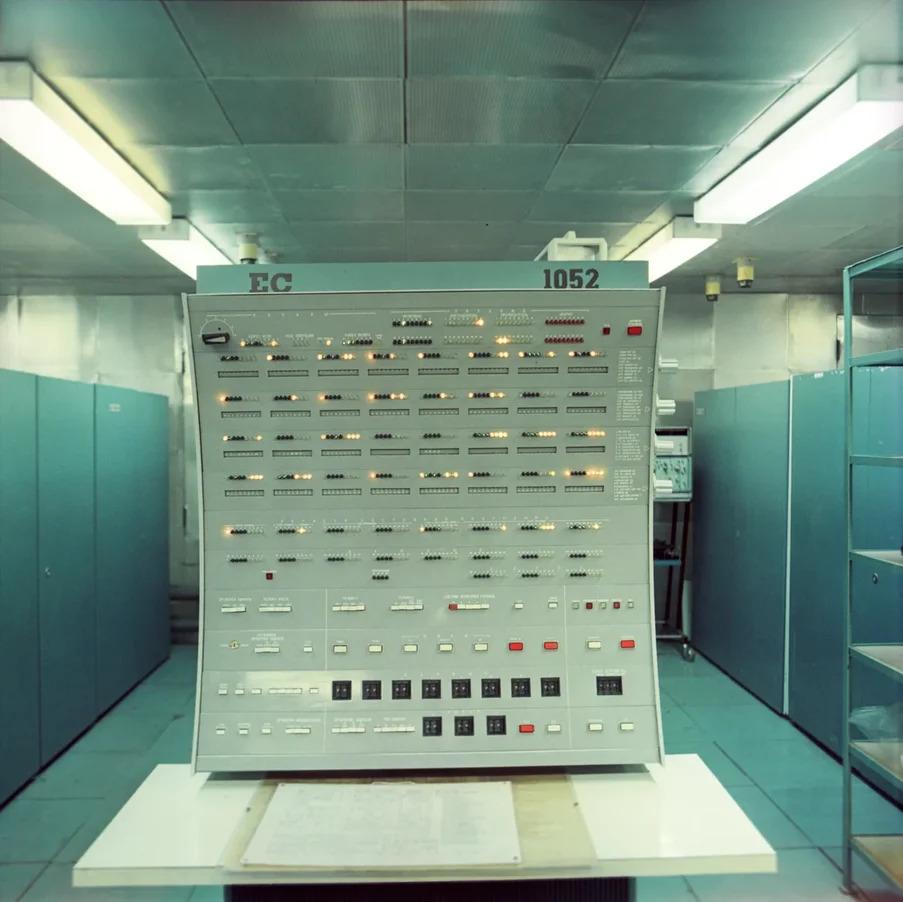 Музей DataArt. Катушки с ОС 6.1 для ЕС ЭВМ - 2
