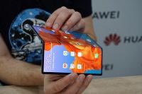 По стопам Samsung Galaxy Fold. Складной смартфон Huawei Mate X 2 получил изменённую конструкцию - 3