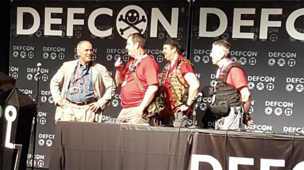 Конференция DEFCON 25. Гарри Каспаров. «Последняя битва мозга». Часть 1 - 1