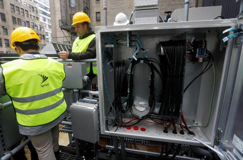 США хотят полностью отказаться от оборудования 5G, изготовленного в Китае