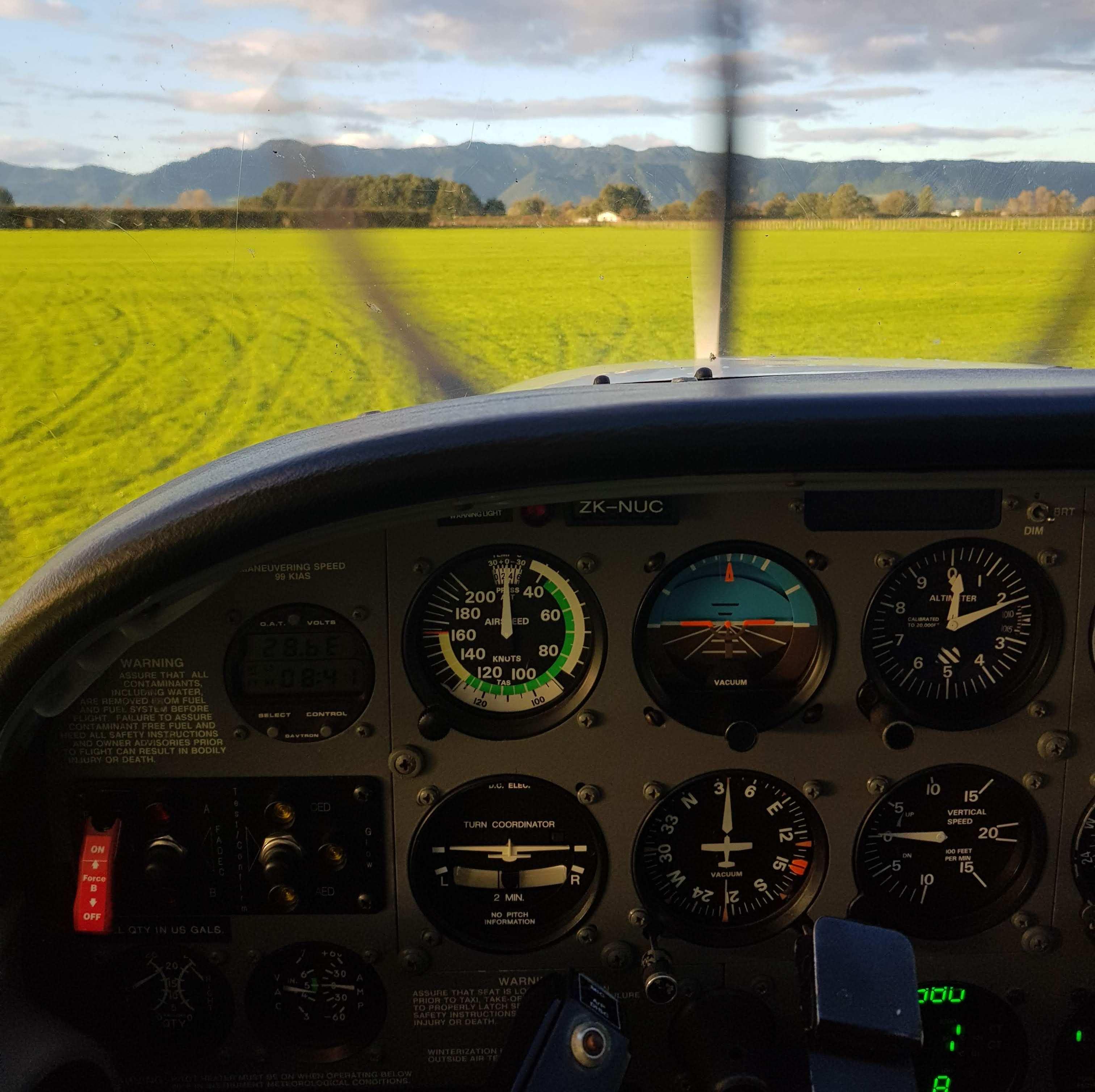 Учеба на частного пилота в Средиземье: переезд и жизнь в новозеландской деревне - 1