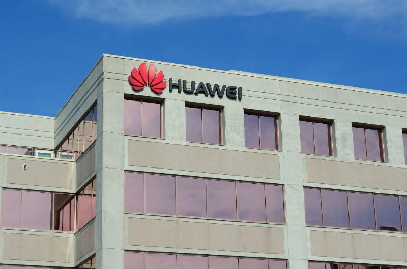 Разбор: как проблемы с властями США повлияют на Huawei и ИТ-бизнес - 1