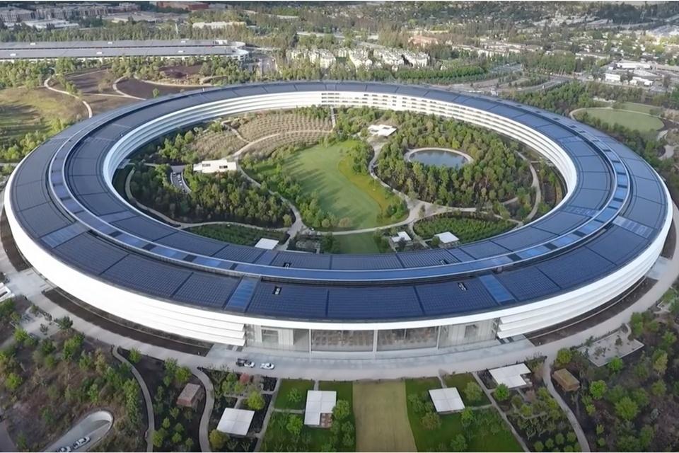 Джони Айв уходит из Apple - 2