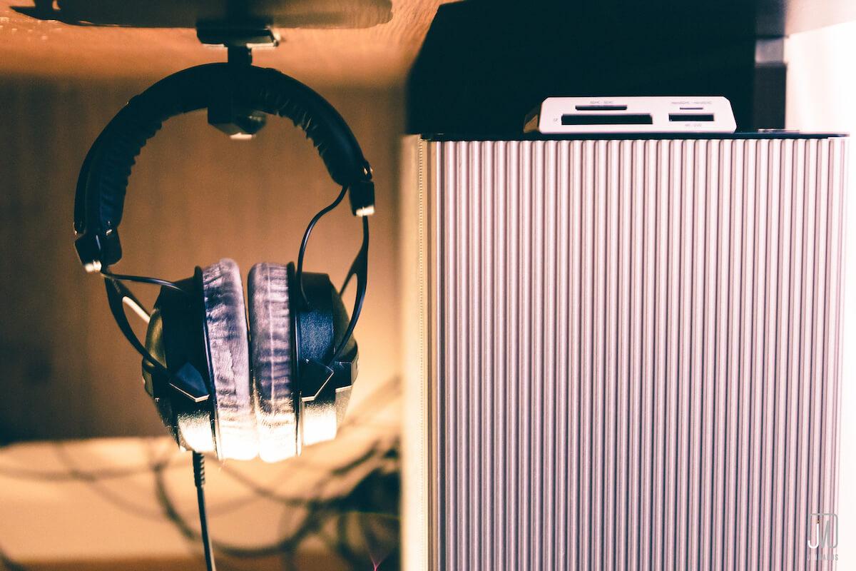 50 избранных материалов о заработке музыкантов, звуке в играх и кино, необычных инструментах и хорошо забытом старом - 23