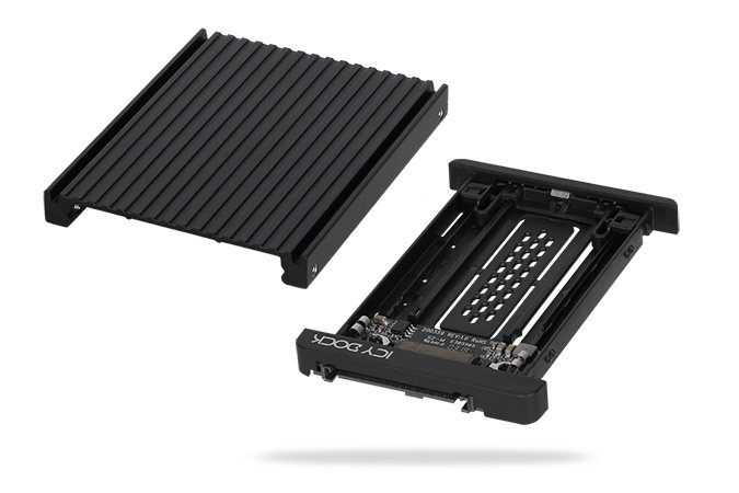 Icy Dock EZConvert MB705M2P-B превращает SSD типоразмера M.2 в SSD типоразмера U.2