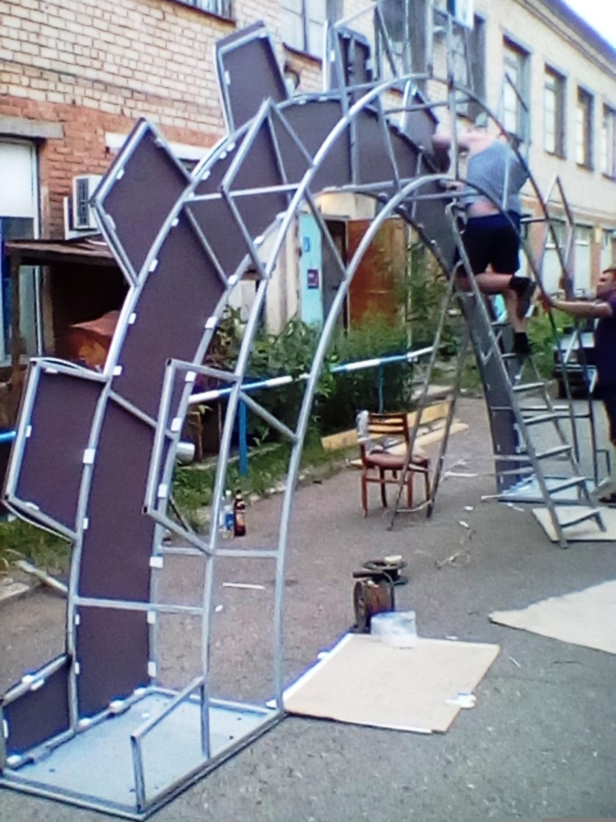 Сделал большую полушестерню на солнечных панелях за 250 000 рублей (2 часть) - 18