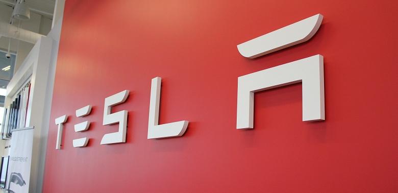 Tesla установила новый рекорд, поставив за квартал почти 100 000 автомобилей
