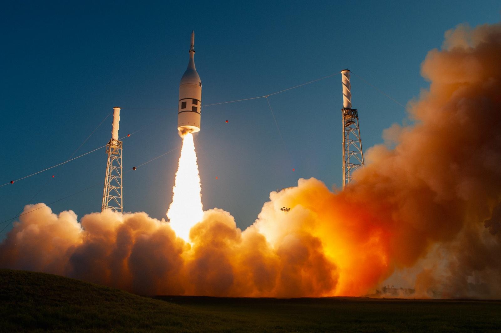 НАСА провело успешные испытания систем аварийного спасения Orion - 1