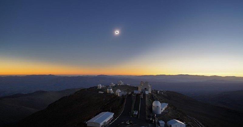 Солнечное затмение на фоне урагана сняли из космоса