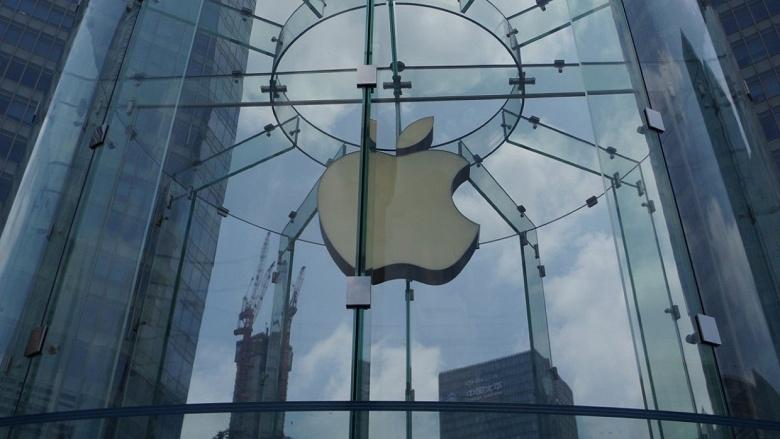 Специальный iPhone для Китая получит маленький вырез для камеры и подэкранный дактилоскоп