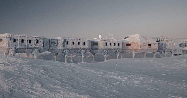 Покинутая станция в Антарктике продолжает работу без персонала