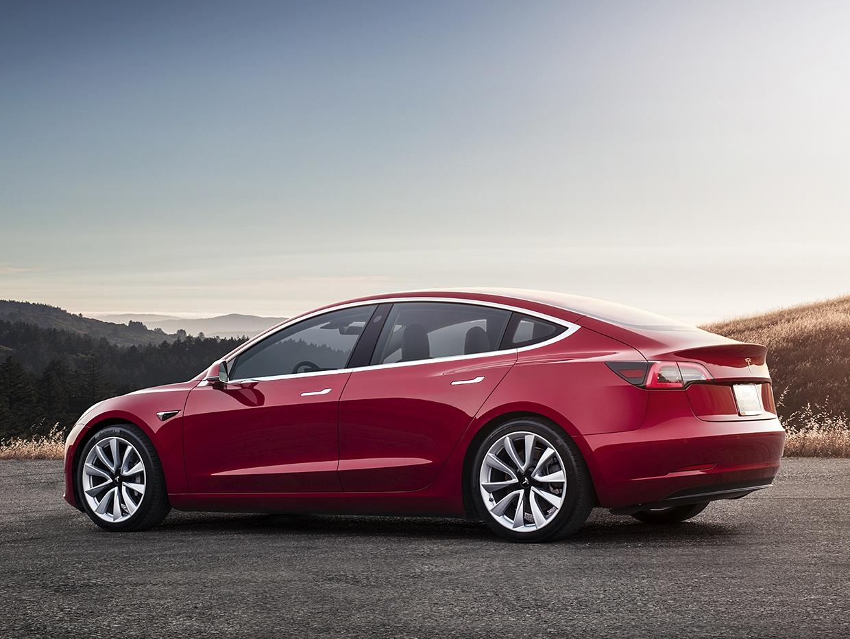 Tesla собирается преподнести сразу несколько сюрпризов во второй половине этого года - 1