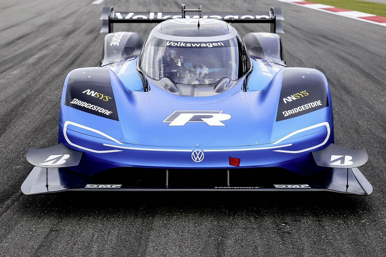 Электрический гоночный автомобиль Volkswagen I.D. R установил новый рекорд