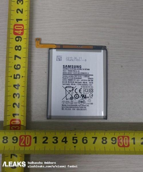 Странное решение Samsung. 5G-версия Samsung Galaxy A90 получила аккумулятор меньшей емкости, чем 4G-версия