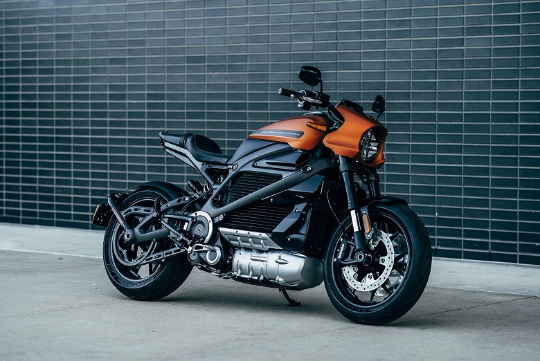 Электромотоцикл Harley-Davidson LiveWire полностью рассекречен