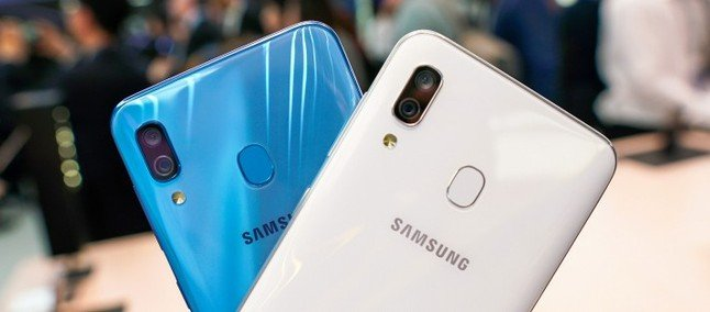 Samsung Galaxy A40 получил свежую прошивку
