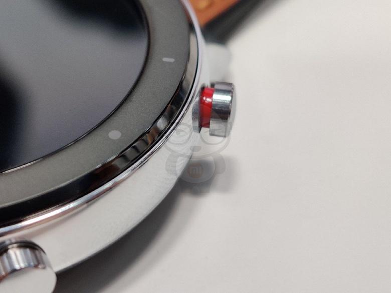 Фотогалерея дня: живые снимки разных версий умных часов Huami Amazfit GTR