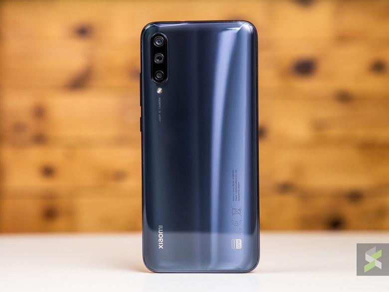 ИК-порт, разъем 3,5 мм, тройная камера. Качественные живые фото Xiaomi Mi A3 появились накануне анонса
