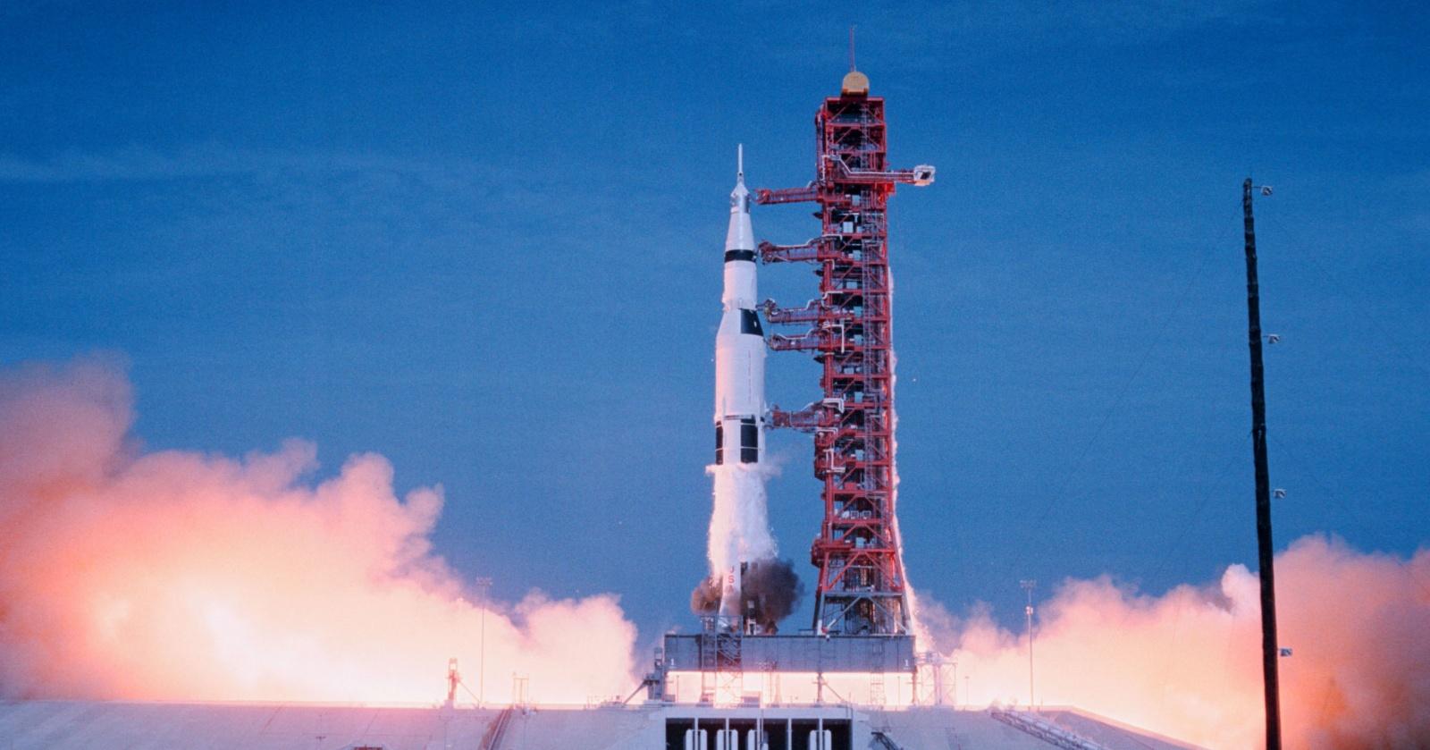 """Пилот """"Аполлона-11"""" рассказал Google, как проходил полет"""