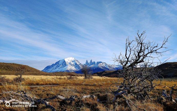 Удивительные пейзажи Чили: смартфон Nubia Z20, на который засняли солнечное затмение, показал свои фотовозможности