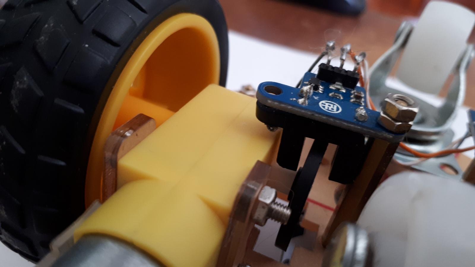 Робот, который поедет за вашей улыбкой. Делаем дешевую тележку для изучения ROS.Часть 1-я, железная - 2