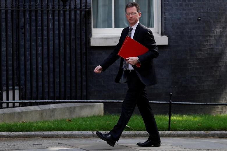 Сделать заявление о судьбе сетей 5G в Великобритании поручили министру культуры
