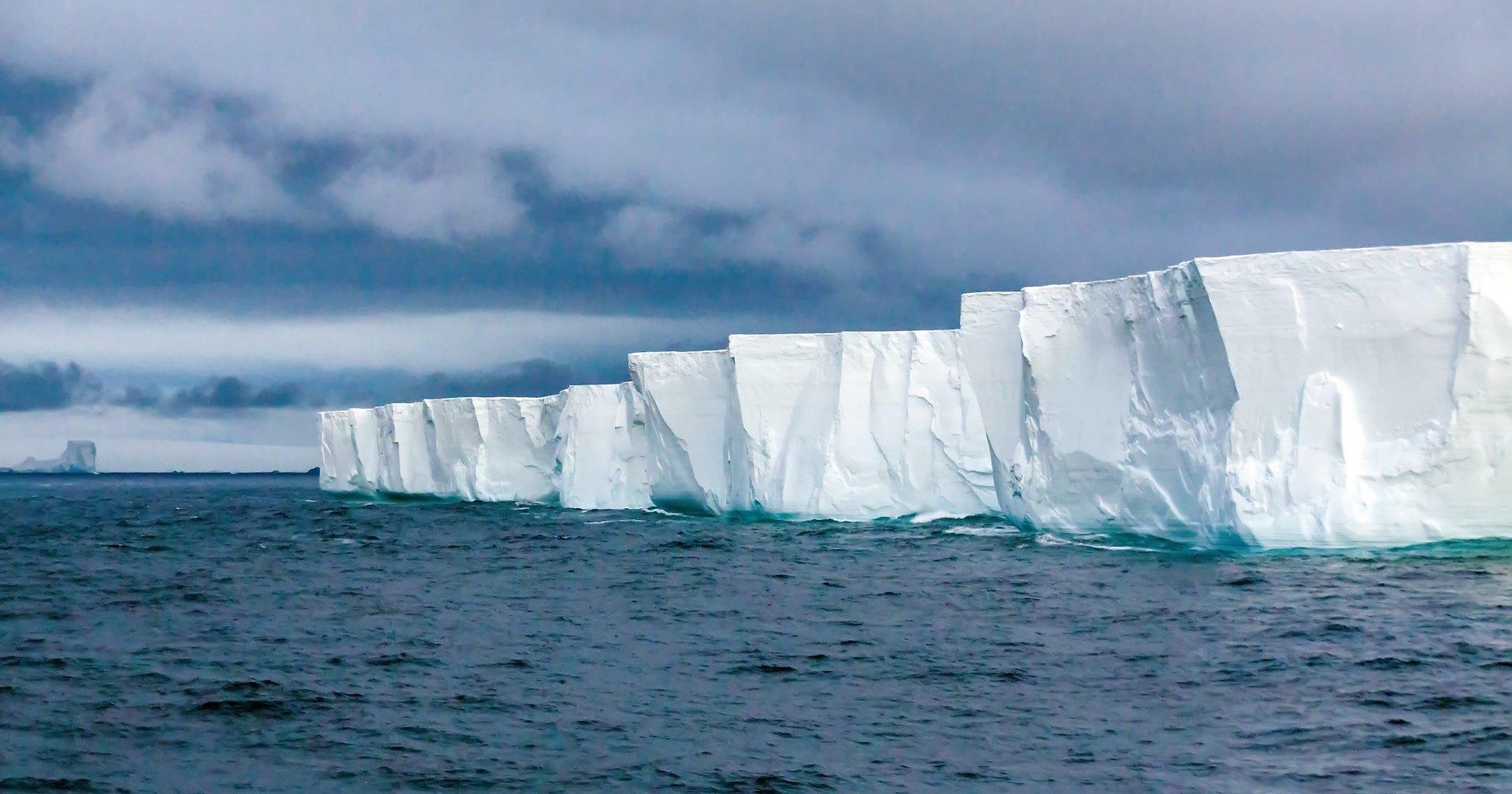 Антарктида потихоньку разваливается: как изучение льда может спасти планету