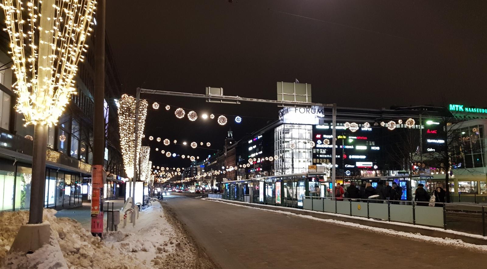 Хельсинки. Как найти работу в финской игровой индустрии, начать работать без разрешения и не нарушить российские законы - 2