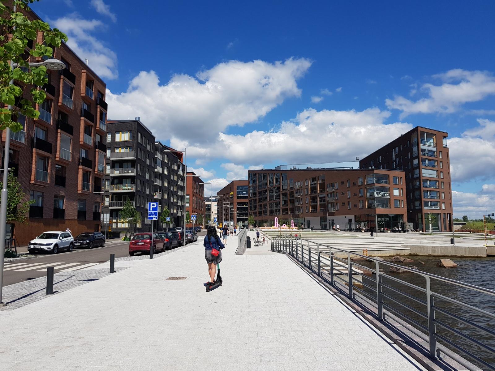 Хельсинки. Как найти работу в финской игровой индустрии, начать работать без разрешения и не нарушить российские законы - 5