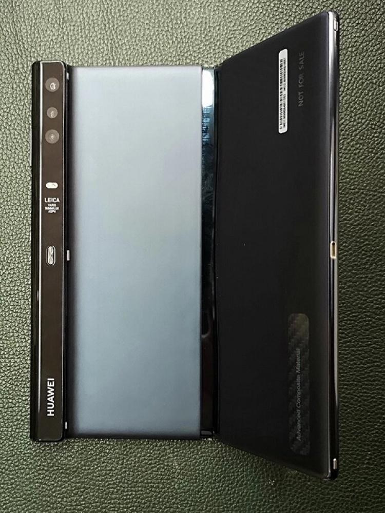 Складной смартфон Huawei Mate X слегка доработали перед релизом