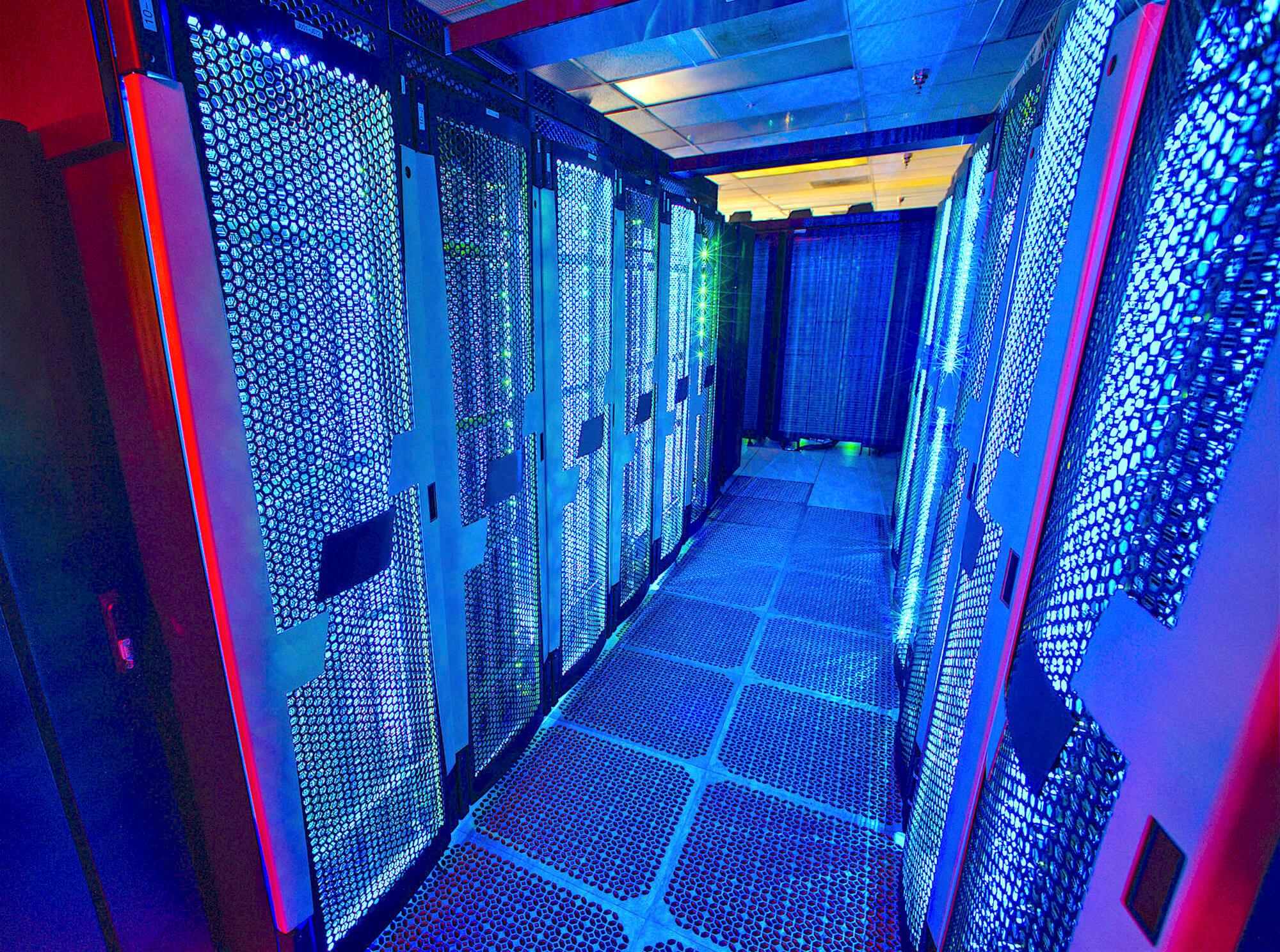 IaaS-дайджест: высокая производительность, хранение данных и новые технологии для ЦОД - 1
