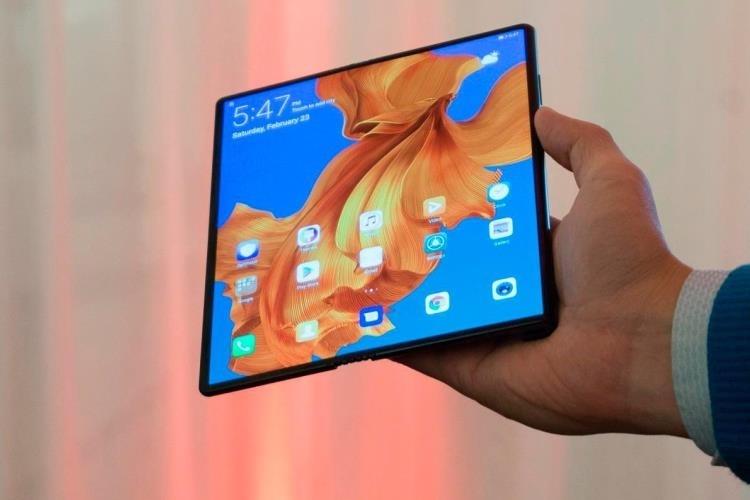 Складной смартфон Huawei Mate X ещё не готов к выходу на рынок