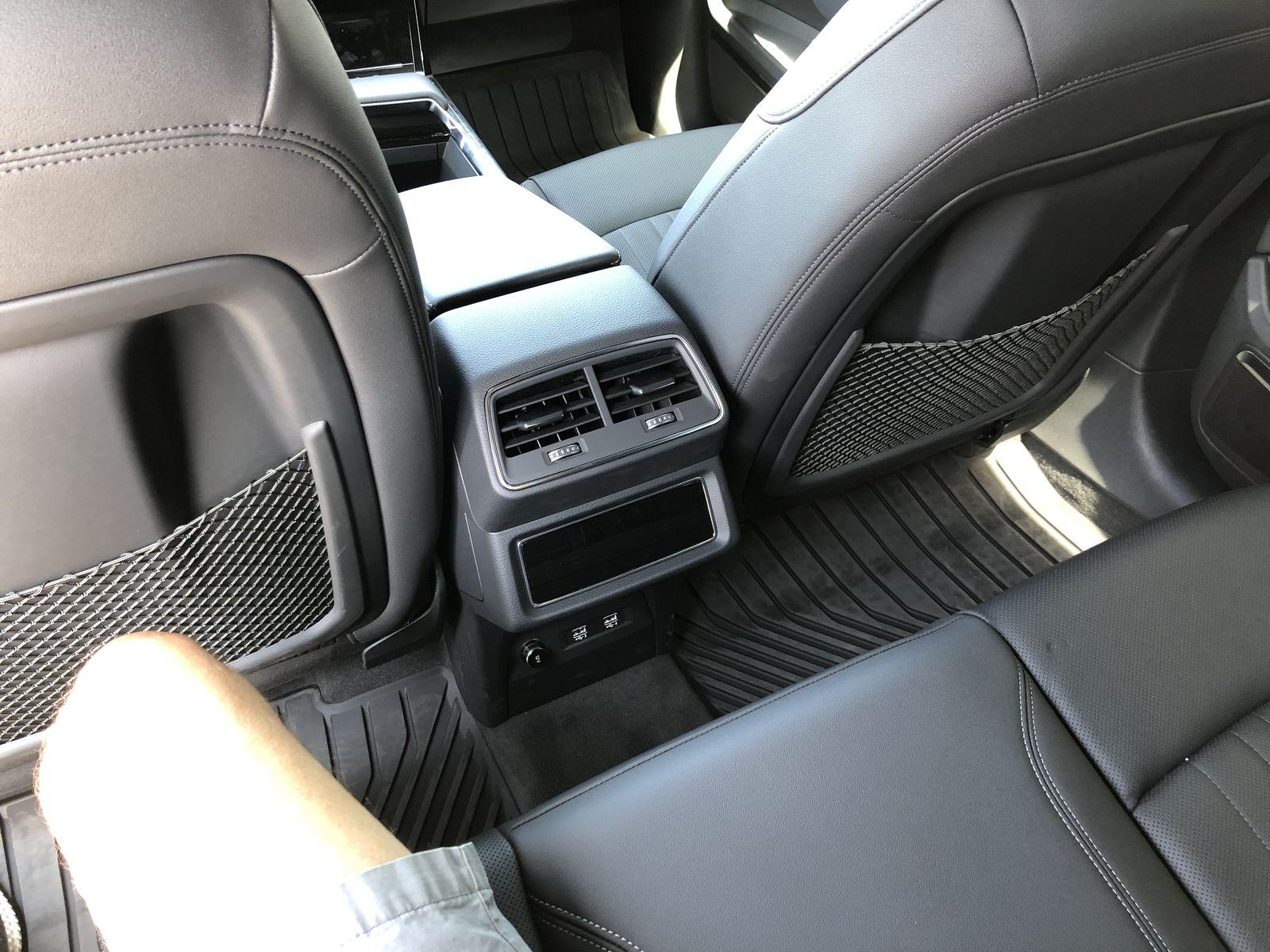 Тестдрайв Audi e-tron - 11