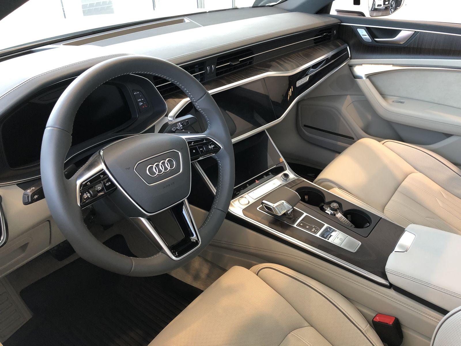 Тестдрайв Audi e-tron - 16